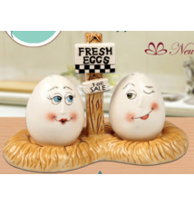 Egg Shaped Salt and Pepper Shakers #72
