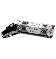 2010 MLB Tractor Trailer - New York Yankees
