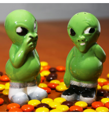 Big Mouth Toys Alien Pickers Salt And Pepper Shakers