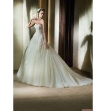 Pronovias_Wedding_Dresses - Style Alcanar