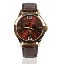 Classic Analog Dial Leather Strap Watch